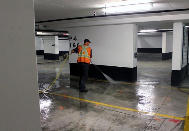 img_parking-lot_05